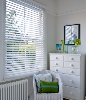50mm White Wooden Venetian Blinds Ideal For Bedrooms And Nurseries