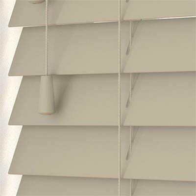 Mantis Faux Wood Wooden Venetian Blind Close Up